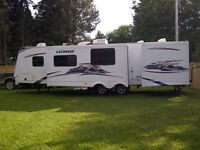 Lacrosse, Forest River BHS318 Travel trailer