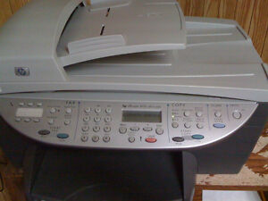 Imprimante / Scanner / Photocopieur/ Fax HP OfficeJet 6100 a jet