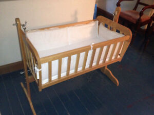 Maple Wood Swinging Baby Bassinet Cradle on Stand with Bedding