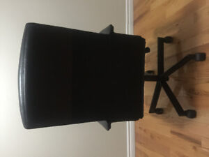 New revolving  office Chair for Sale