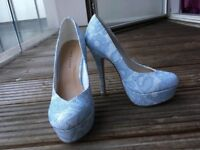 Blue And White heeled shoes size 3