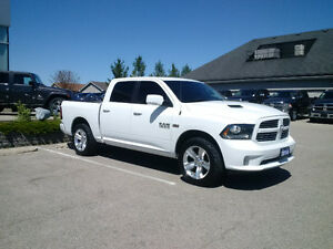 2014 Ram Sport Crew Cab 4x4, Loaded with Air Ride / Leather etc
