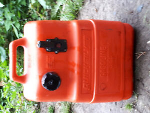 Quick silver gas can for out board. (Boat) 6.6 gallons 25 liters