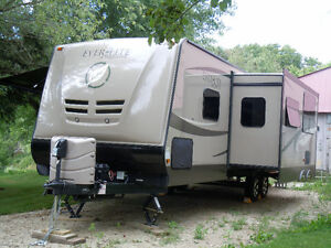Ever Lite Travel Trailer 34'