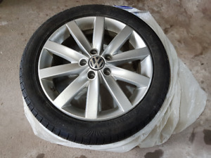 "17"" VW Wheels and Tires - All season 225/45R17"