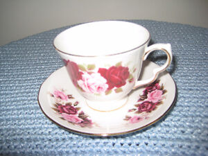 Queen Anne  Teacup and Saucer Sets