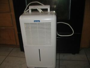 LANCASTER DEHUMIDIFIER WORKS WELL WITH NO ISSUES.