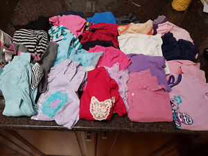 Girl's Shirts - Size 6 Years - 25 Pieces