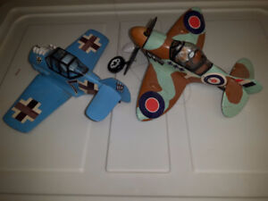 VERY C@@L FUNNY VINTAGE AIRPLANE PLASTIC MODEL KITS - RARE OLD