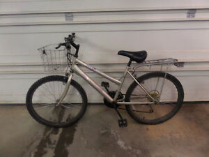 Ladies medium sized bike