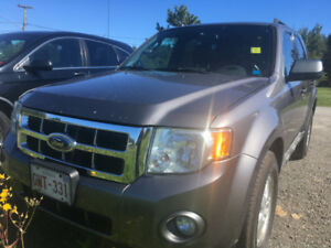 2009 FORD ESCAPE FWD / XLT