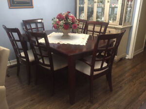 Real Wood Dinning Table with 6 Chairs ( middle extension piece)