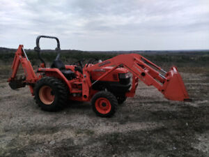 Kubota L3400 Tractor (4WD, 29HP, 290 Hrs) W Loader and Backhoe