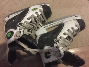 Boys Skates RBK Talon - Size 2 - Used