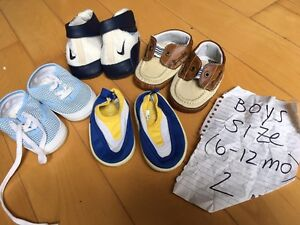 Boys shoes/boots size 2 (6-12 mo) - 9