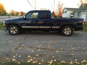 2wd Silverado 1500 Ext Cab NEED GONE $600 TONIGHT ONLY!!!!