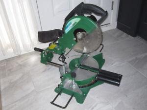 Scie à onglet mixte coulissante avec laser, 10 po.