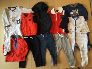 Lot vêtements taille 12-18 mois