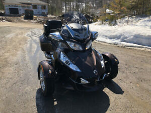 CAN-AM Spyder 2012 RT Limited ($16 200)
