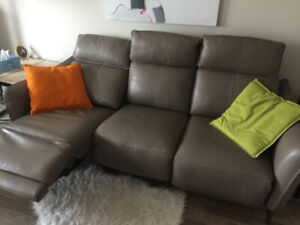 Sofa - Leather - 3 seater - reclining-  custom made- 6 month old
