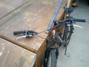 Wanted: Looking For Broken High Quality Mountain/Downhill Bicycl London Ontario image 5