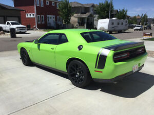 2015 Dodge Challenger Scat Pack Coupe (2 door)
