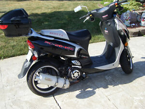 For Sale: Rocketa scooter(motor cycle)