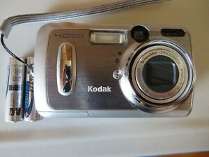 Kodak EasyShare DX 6440 digital camera Belleville Belleville Area image 1