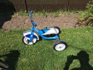 Tricycle de marque Trek