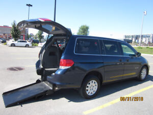 WHEELCHAIR VAN 2009 HONDA ODYSSEY, REAR ENTRY