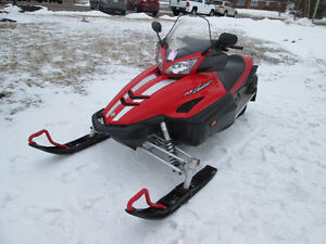 YAMAHA RS VECTOR 2005 MINT CONDITION TRADE WELCOME