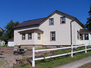 wolfe island house rental