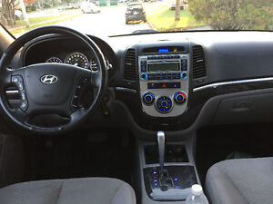 2008 Hyundai Santa Fe SUV, Crossover AWD  (New 2 years MVI)