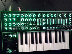 Roland System-1 synthétiseur synthesizer SH-101