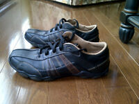 Sketchers shoes (Brand new)