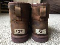 classic mini UGG boots size 4.5