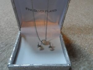 Fine Silver Plated Necklace and Earrings! Cambridge Kitchener Area image 1