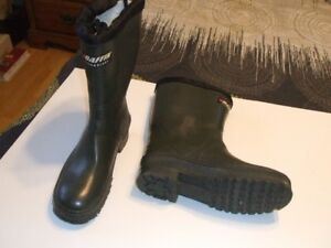 BAFFIN TECHNOLOGY RUBBER BOOTS
