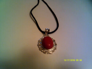 Red coral - corail rouge
