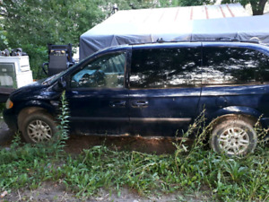 2006 Dodge Caravan PART OUT
