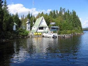 Chalet à vendre Lac de la Boiteuse Zec  (NEGOCIABLE)