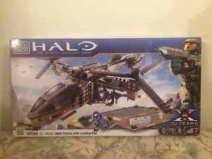 HALO - UNSC Falcon with Landing Pad West Island Greater Montréal image 1