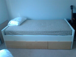 Captains bed single