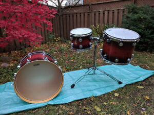 DW Drums Shell pack bass and two toms plus extras
