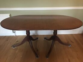 Extendable Victorian dining table