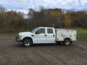 2008 Ford F-350 Superduty Diesel 4 x 4 With Service Body