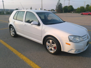 Golf 5spd low kms with safety