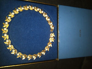 Avon Gold tone with pearl beads