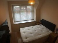 Stunning DOUBLE Room available for Quick move / NORTHWOOD - £140 - £150 / WEEK
