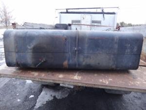 réservoir pour camion usagé freightliner en acier